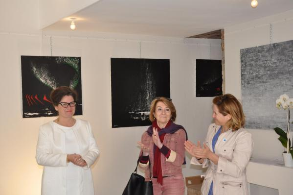 01 vvl the painter verena von lichtenberg and anne catherin loisier senateur maire from saulieu the exhibition in bourgogne