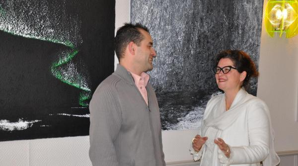 02 the painter verena von lichtenberg and the art exhibition nord licht in auxerre