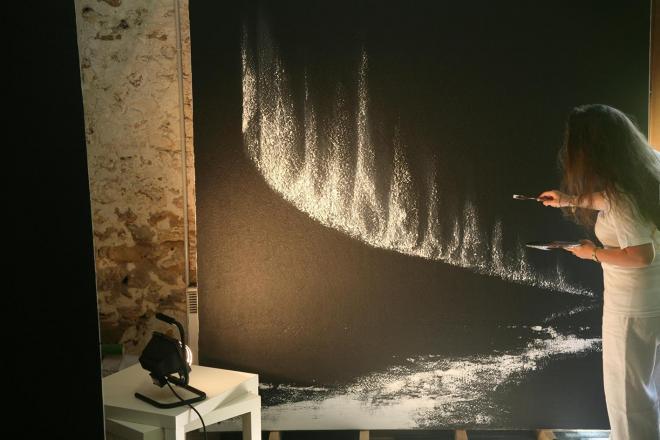 1 verena von lichtenberg artiste peintre dans l atelier