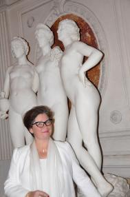 15 a paris verena von lichtenberg l artiste peintre et ses soeurs les trois graces une exposition d art et de peinture du 8e me des tableaux et oeuvres d art chezjean d hauteuseur