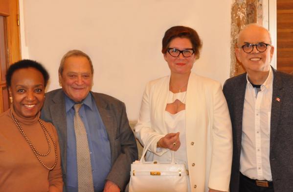 16 membre galerie thuillier dr khaldoun hakim psychologue verena von lichtenberg artiste peintre pierre charette sculpteur