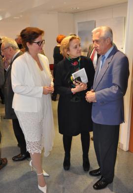 21 verena von lichtenberg artiste peintre florence berthout maire de paris 5eme et vice pre sident arts sciences lettres jean paul de bernis