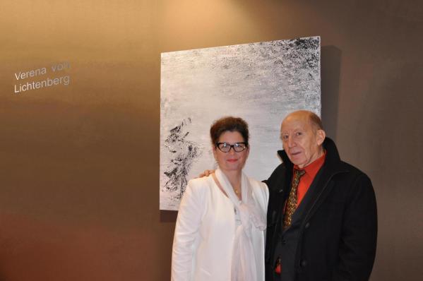 23 verena von lichtenberg artiste peintre a paris et claude larrive a l exposition d art art en capital au grand palais