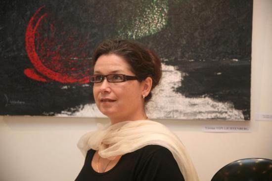 3-paris-art-et-exposition-avec-verena-von-lichtenberg-artiste-peintre.jpg