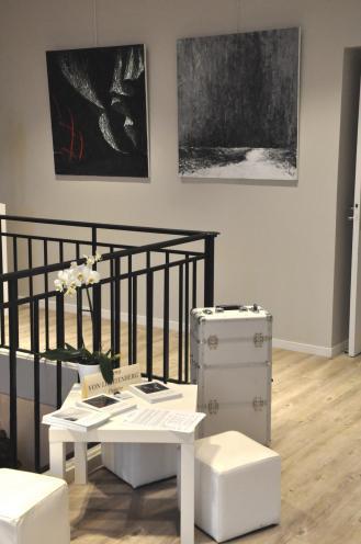 3 verena von lichtenberg artiste peintre des tableaux au couteau acrylique du noir mais pas du soulage