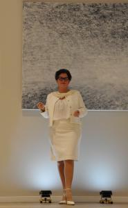 3 2 lartiste peintre verena von lichtenberg une exposition d art et de peinture a versailles buc elle est en galeries d art et muse es avec ses tableaux d art