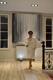 30 2 une exposition d art et de peinture de l artiste peintre verena von lichtenberg elle est en galerie d art et de peinture au louvre grand palais a tokyo new york moscou madrid