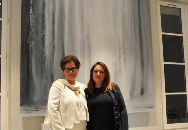 32 une exposition d art et de peinture de l artiste peintre verena von lichtenberg elle est en galerie d art et de peinture au louvre grand palais a tokyo new york moscou madrid