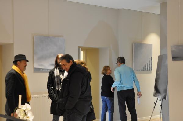 33 une exposition d art et de peinture de l artiste peintre verena von lichtenberg elle est en galerie d art et de peinture au louvre grand palais a tokyo new york moscou madrid