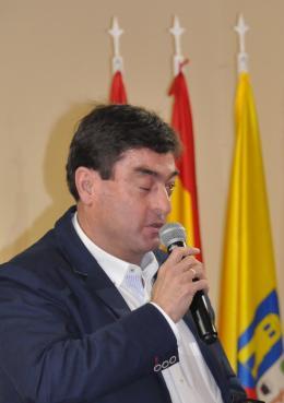 4 1 miguel angel medranda rivas alcalde presidente valdemos alalpardo il accueille verena von lichtenberg