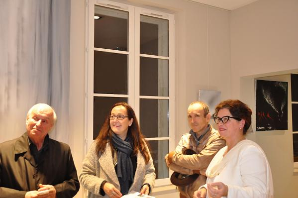 42 2une exposition d art et de peinture de l artiste peintre verena von lichtenberg elle est en galerie d art et de peinture au louvre grand palais a tokyo new york moscou madrid