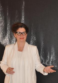 45 l artiste peintre verena von lichtenberg et l exposition d art nord licht a la galerie d art art expression a auxerre des tableaux et oeuvres d art du grand nord
