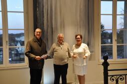 9 2 jean marc le rudelier maire de buc versailles et l artiste peintre verena von lichtenberg artiste peintre ses oeuvres d art en galeries et muse es d art
