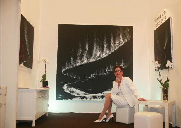 En muse es et galeries d art verena von lichtenberg artiste peintre verena von lichtenberg ses tableaux d art peintures toiles et oeuvres tokyo new york paris moscow